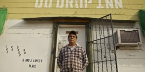 Owner Arnold Lopez at the Do Drop Inn in Shelby, MS. Photo by Lou Bopp