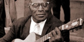 Watch: our favorite Howlin' Wolf classics