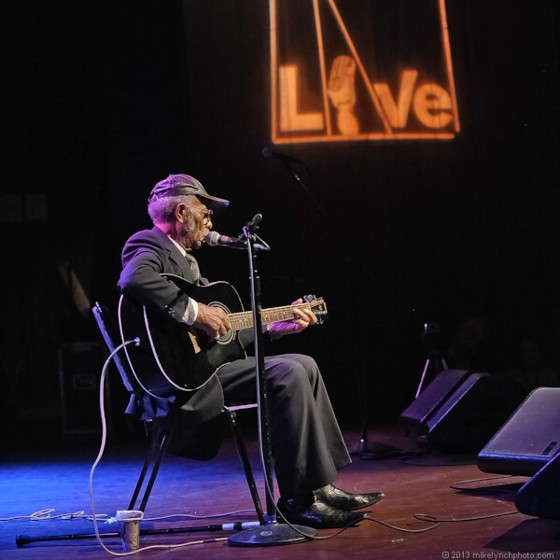 Robert Belfour in concert February 15, 2013